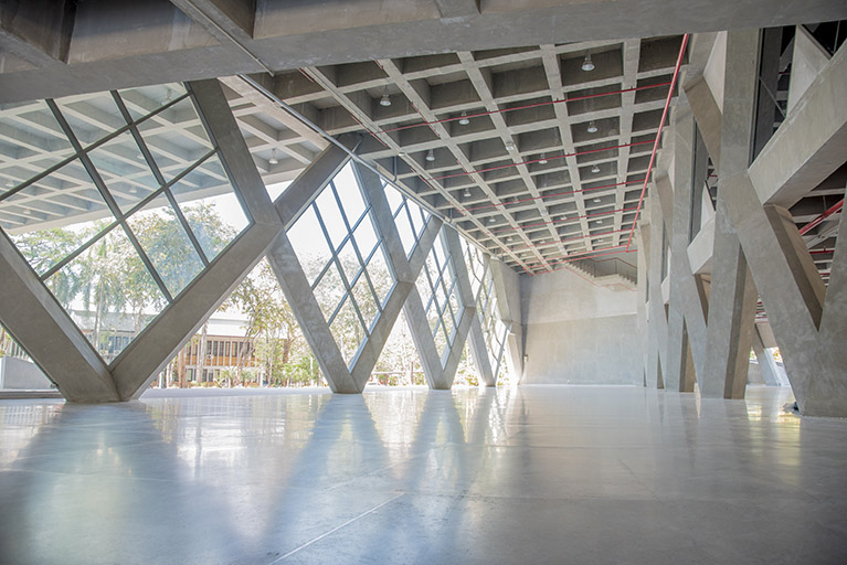 Concrete: The Sustainable Material Of Choice For Your Commercial Building Project | R & M Concrete