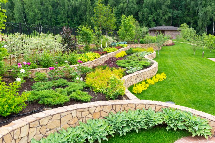 How to Create a Retaining Wall to Preserve Your Property