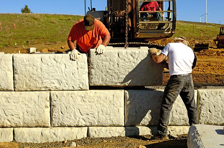 Reasons-Consider-Concrete-Retaining-Wall