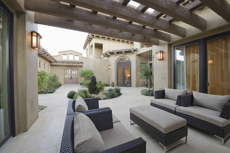 Spruce Up Your Outdoor Concrete Surfaces for Spring
