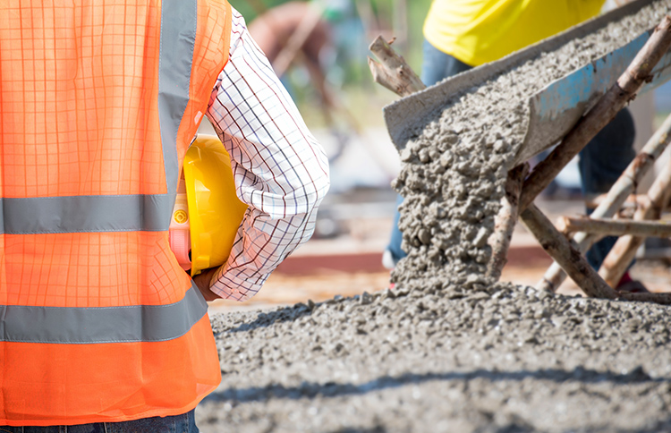 What to Ask When Hiring a Pro Commercial Concrete Contractor